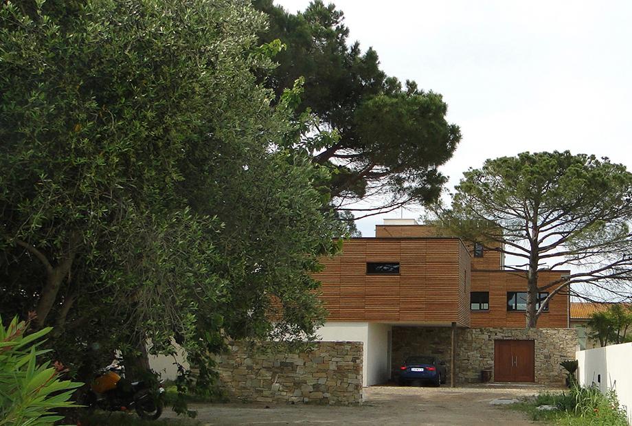 <strong>Maison Bois en bord de mer<span><b>dans</b>Habitations  </span></strong><i>&rarr;</i>